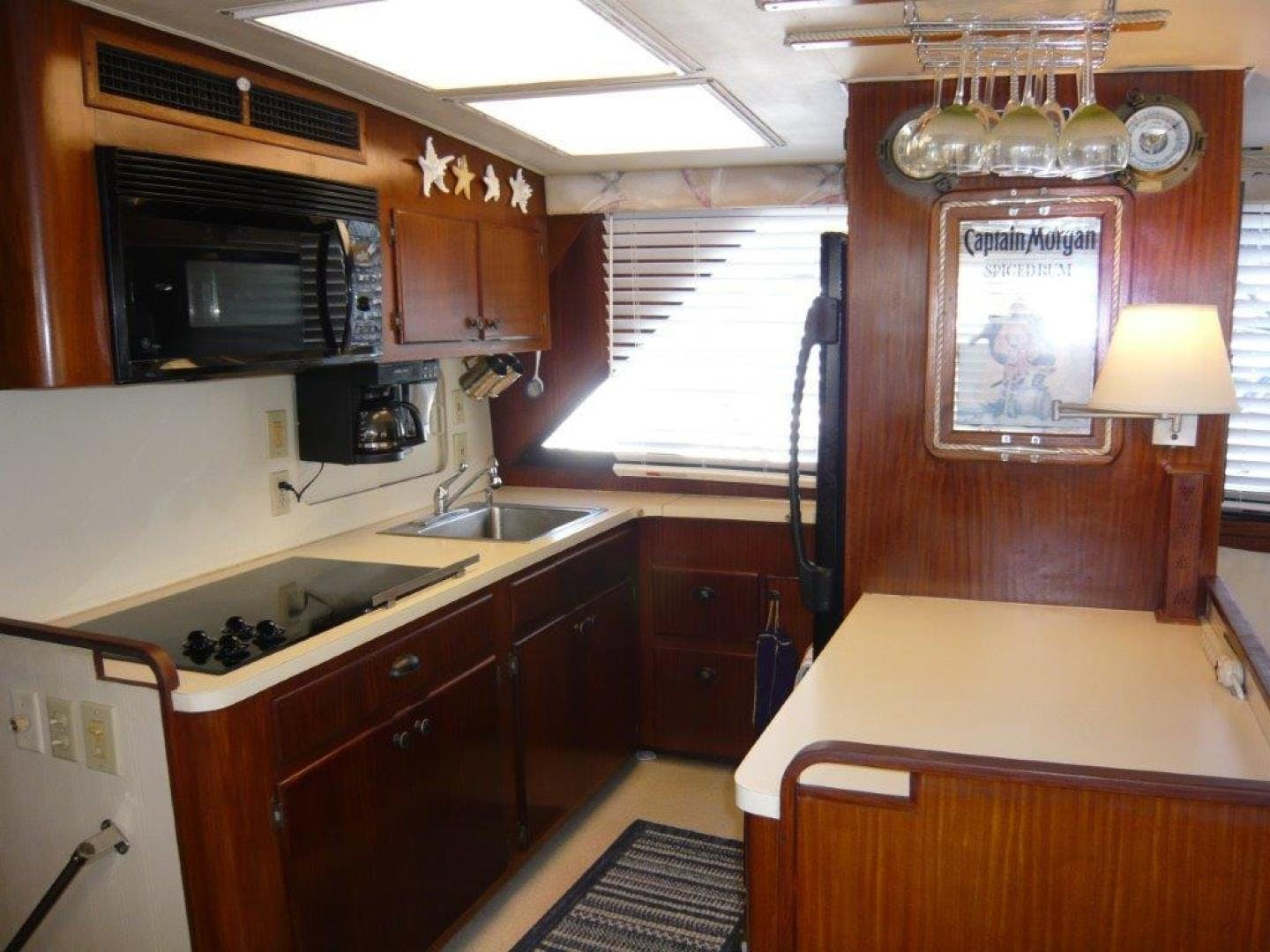 1988 Hatteras 55' Convertible No Name | Picture 3 of 57