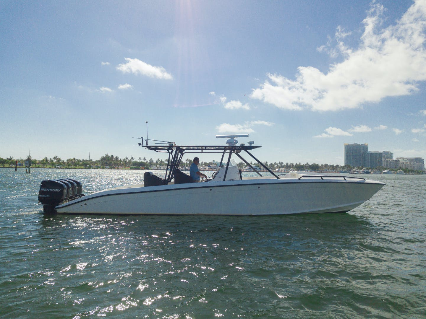 2002 Midnight Express 39' Open  | Picture 2 of 25
