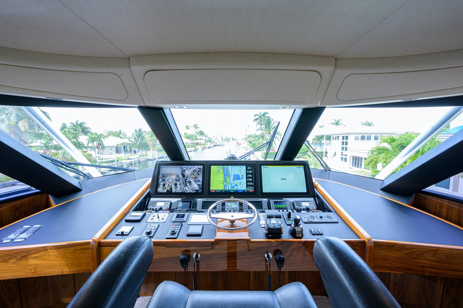 2016 Viking 80' Enclosed Bridge LIVE OAK ONE | Picture 7 of 60