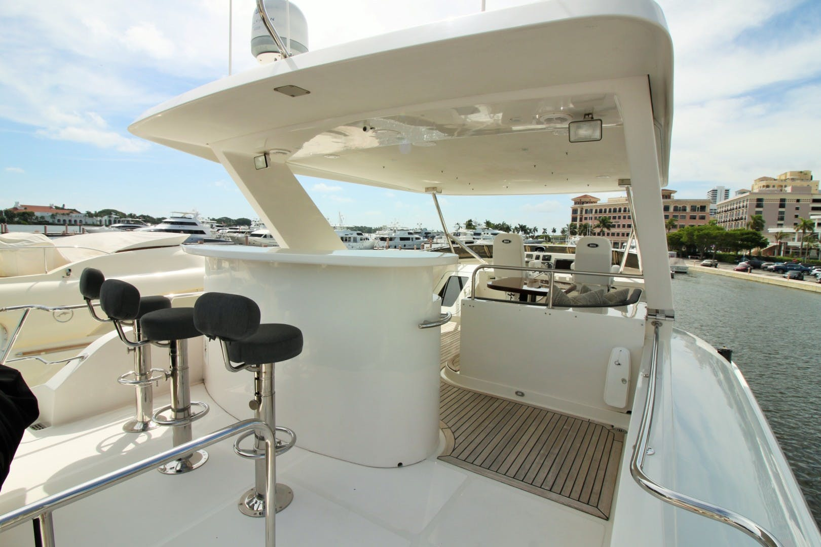 2007 Symbol 71' Flush Deck MY No Name | Picture 6 of 42