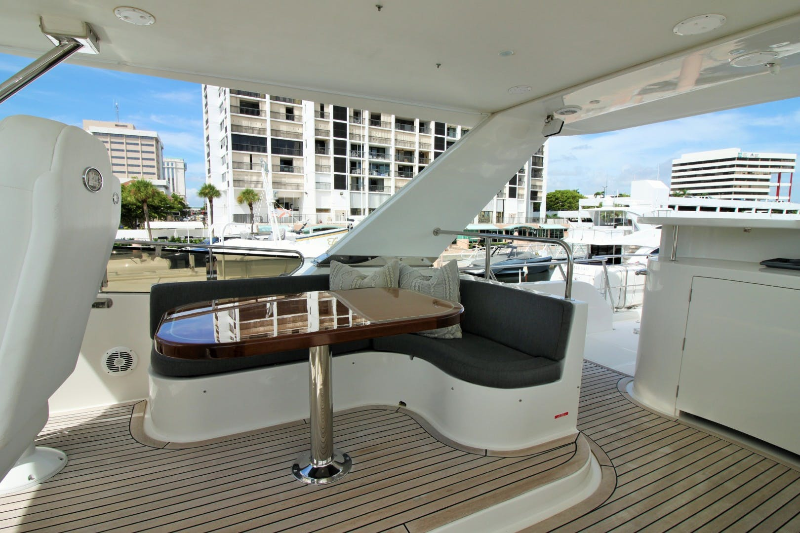 2007 Symbol 71' Flush Deck MY No Name | Picture 1 of 42