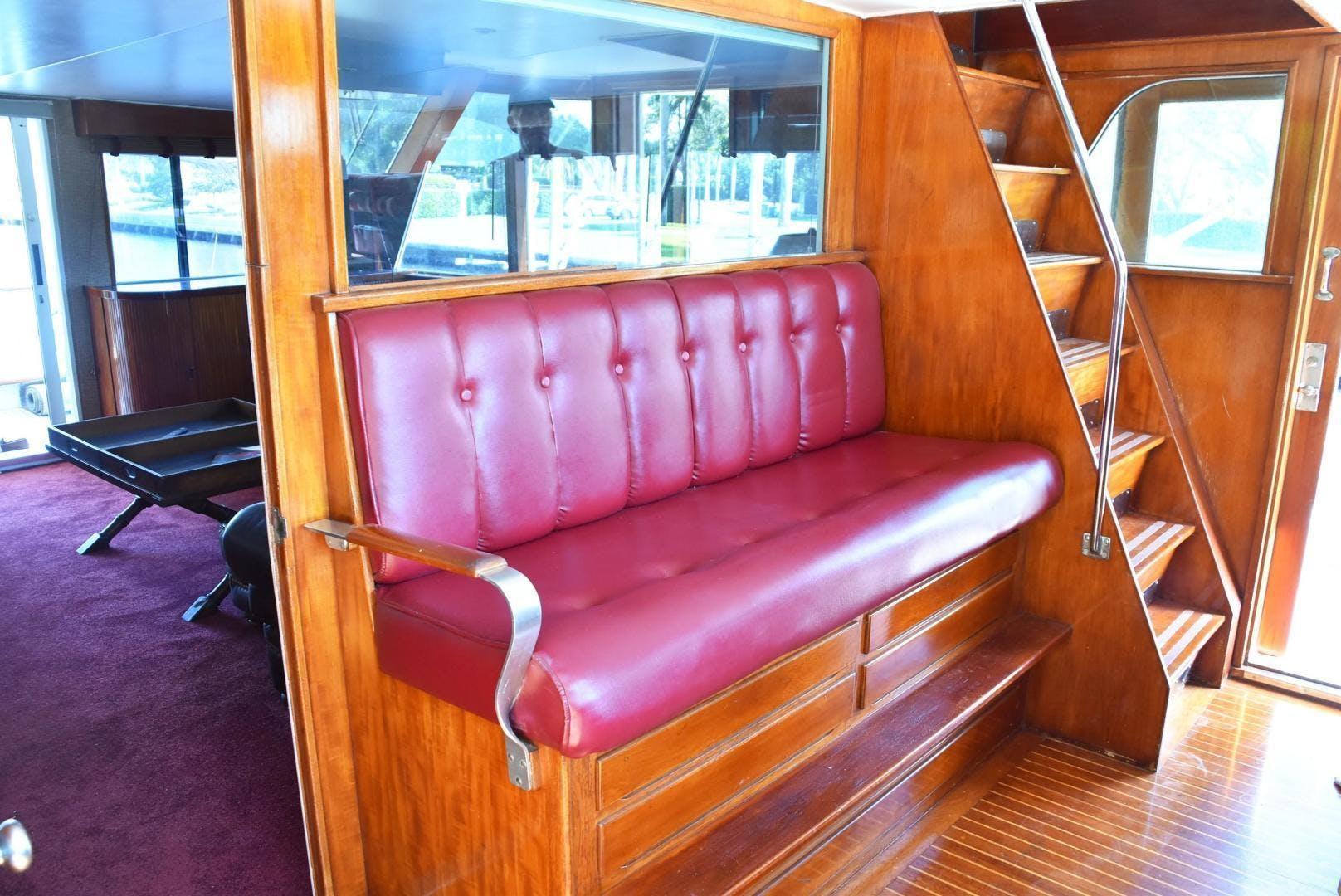1980 Burger 79' Flybridge Motoryacht Absolutli Rutli  | Picture 4 of 14