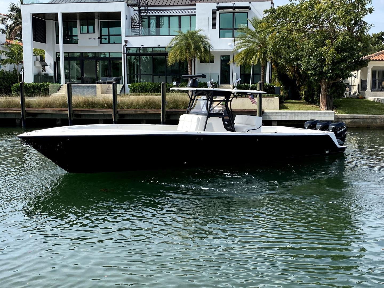 39' SeaVee 2009 cc Vanish 3