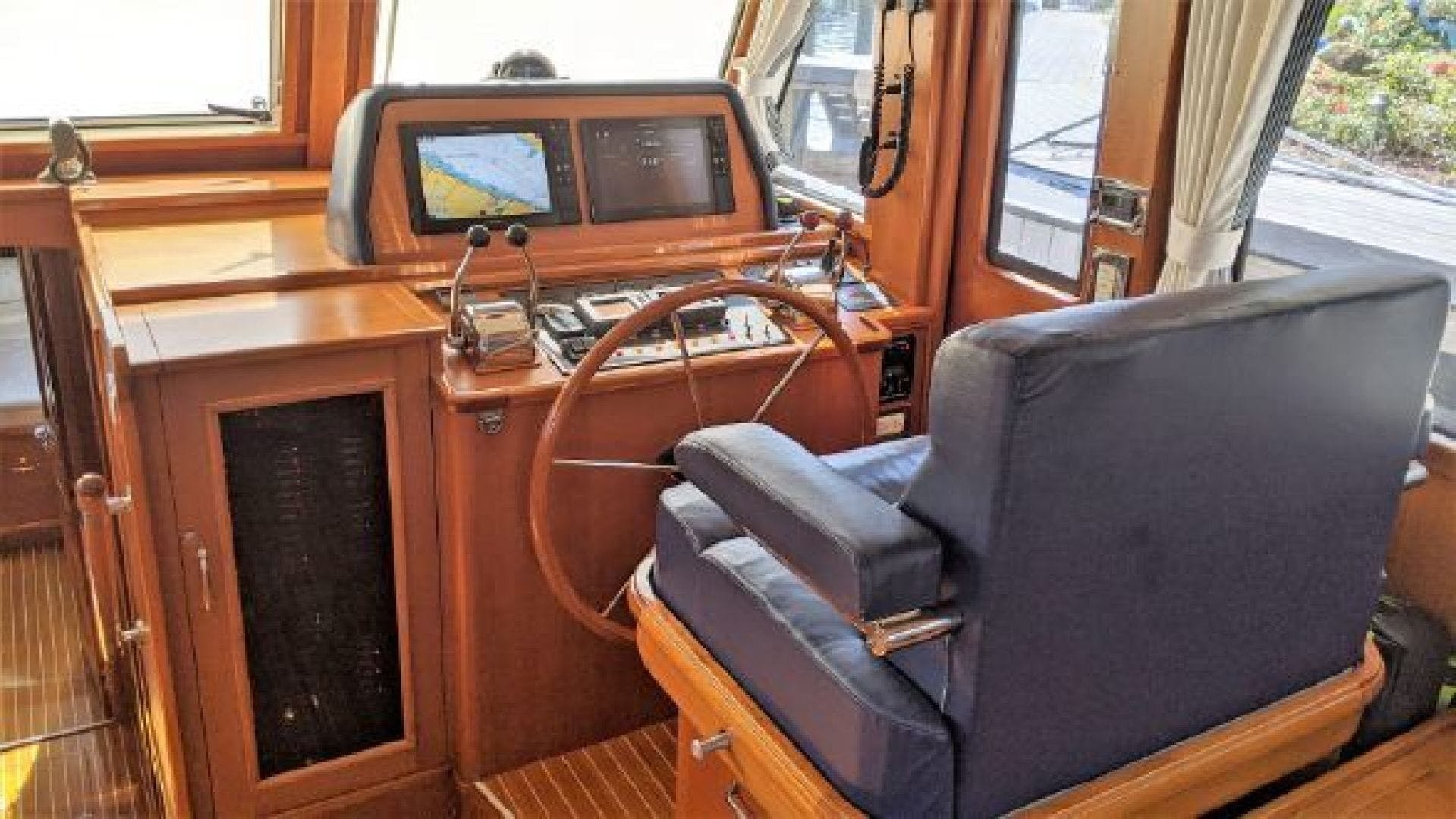2006 Grand Banks 47'   | Picture 1 of 47