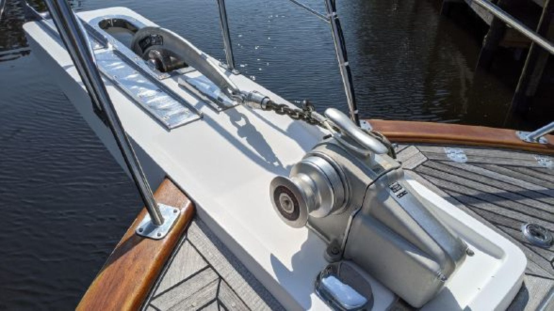 2006 Grand Banks 47'   | Picture 6 of 47