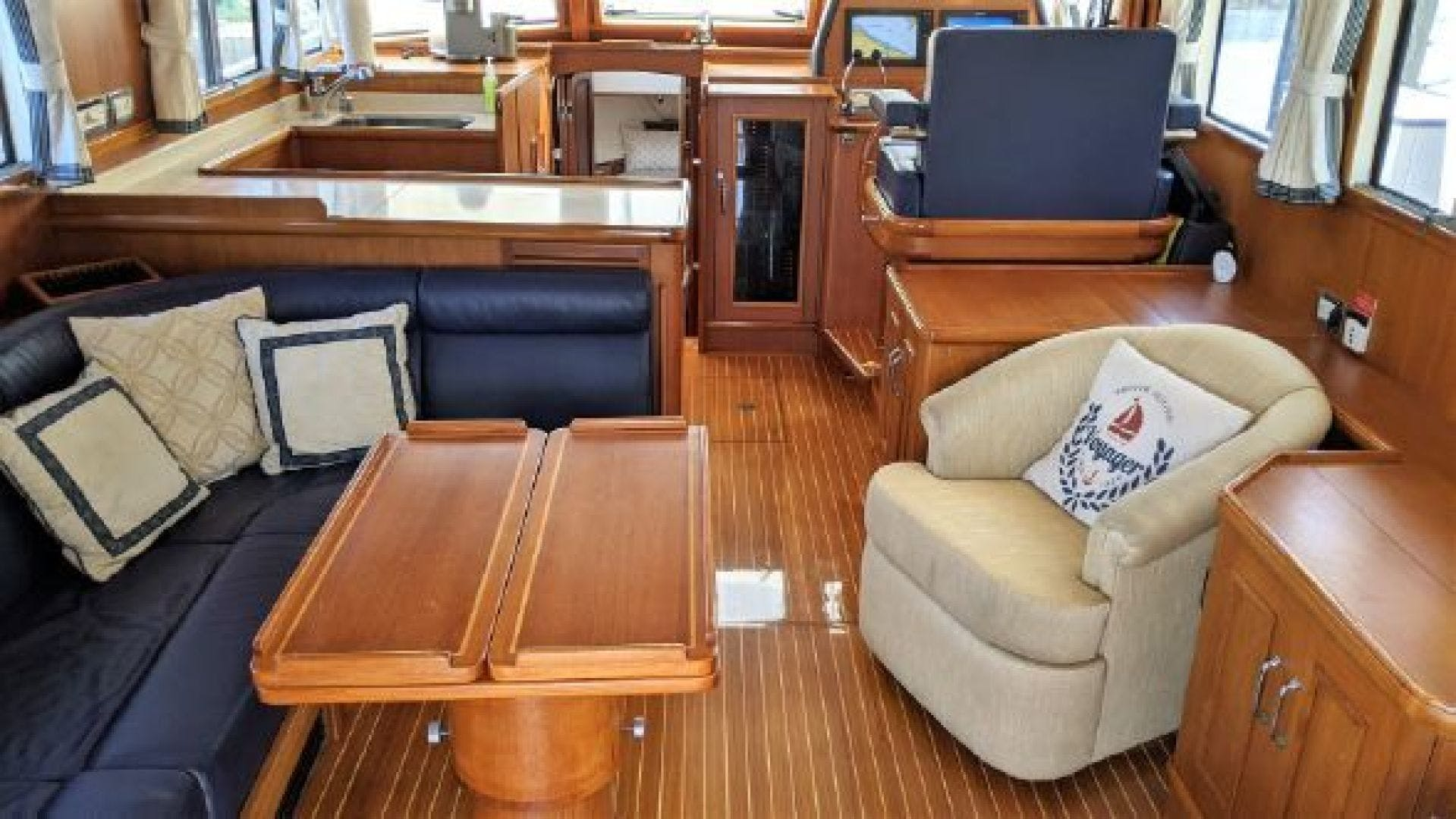2006 Grand Banks 47'   | Picture 7 of 47