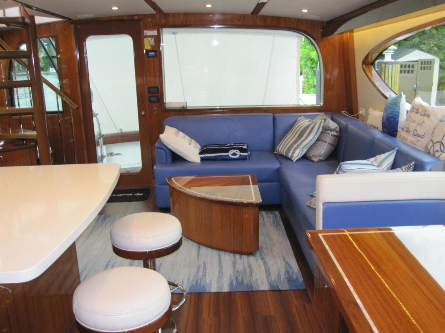 2018 Hatteras 63' GT63    Picture 8 of 46
