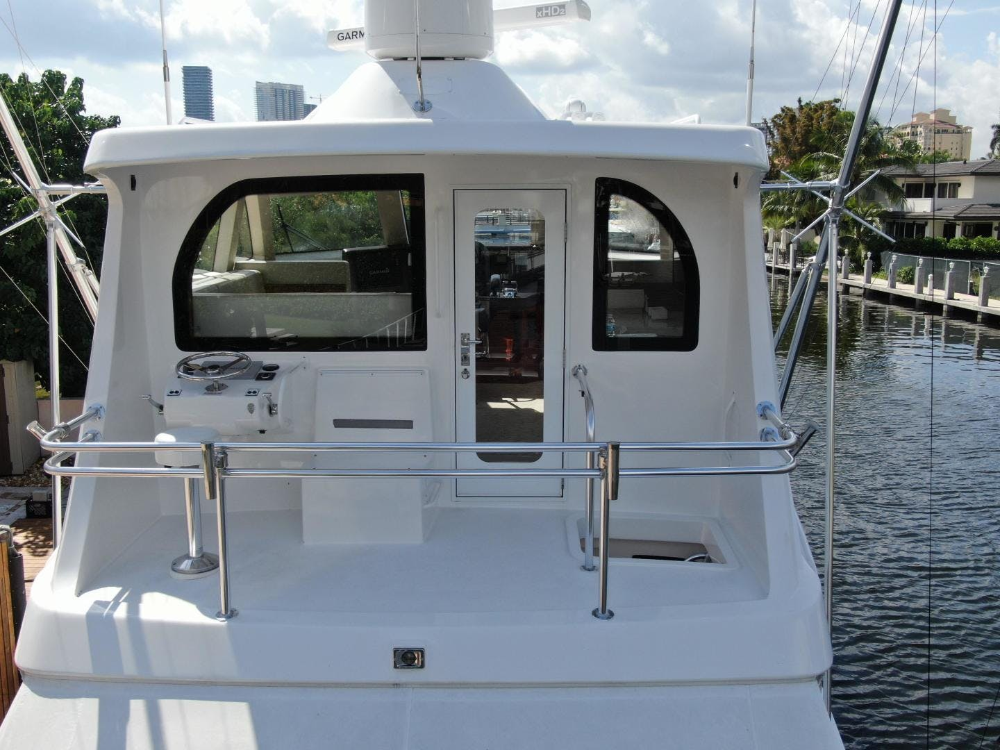 2018 Hatteras 63' GT63    Picture 7 of 46