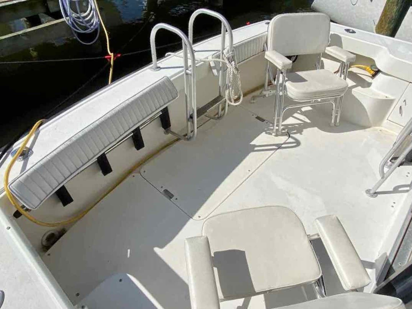 1990 Luhrs 34' 3400  Bottom's Up | Picture 4 of 95