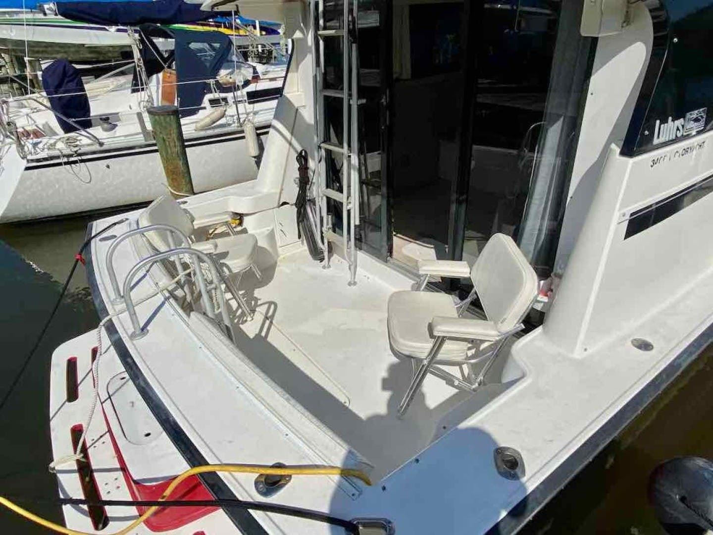 1990 Luhrs 34' 3400  Bottom's Up | Picture 2 of 95