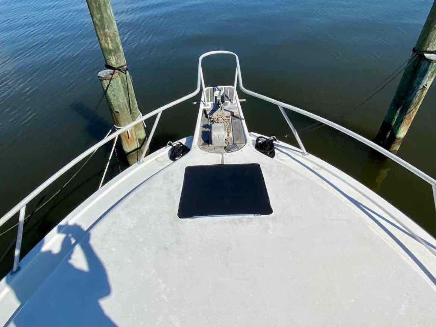 1990 Luhrs 34' 3400  Bottom's Up | Picture 1 of 95