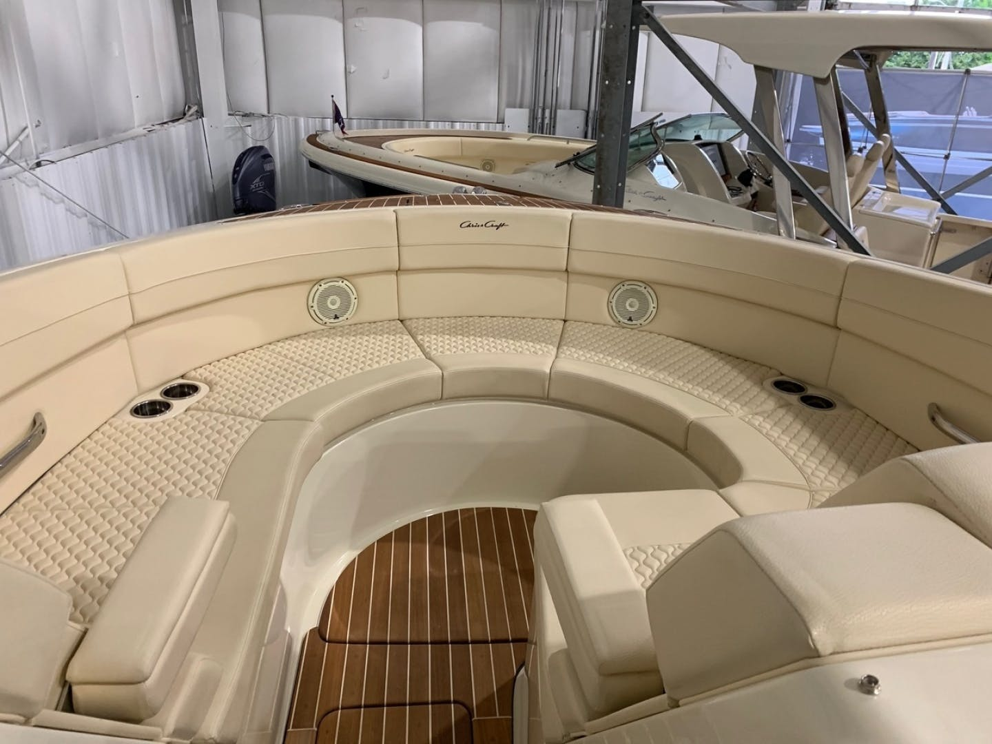 2019 Chris-Craft 35' Launch 35 GT    Picture 8 of 18