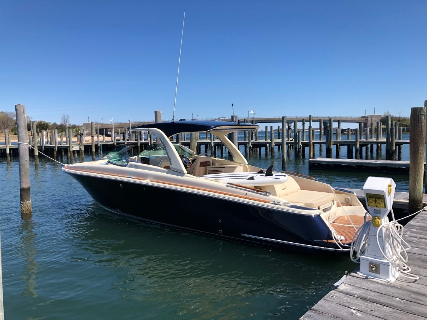 2019 Chris-Craft 35' Launch 35 GT    Picture 1 of 18