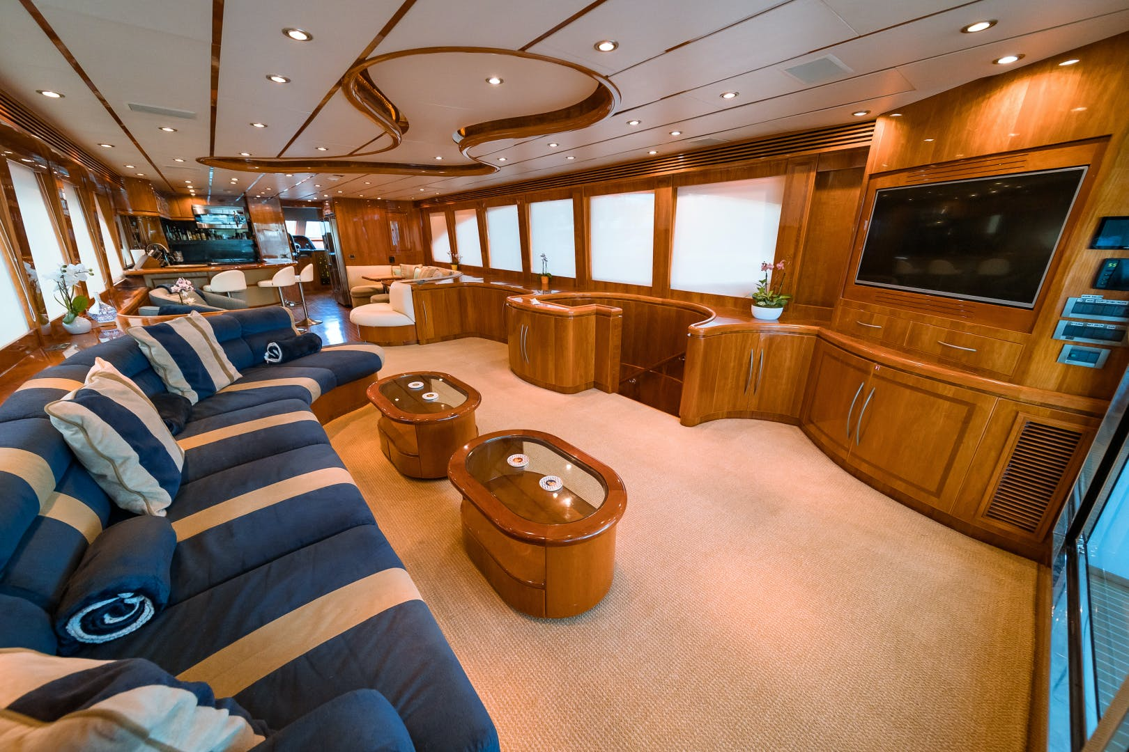 2006 Hargrave 97' 97 Motor Yacht The Program   Picture 8 of 26