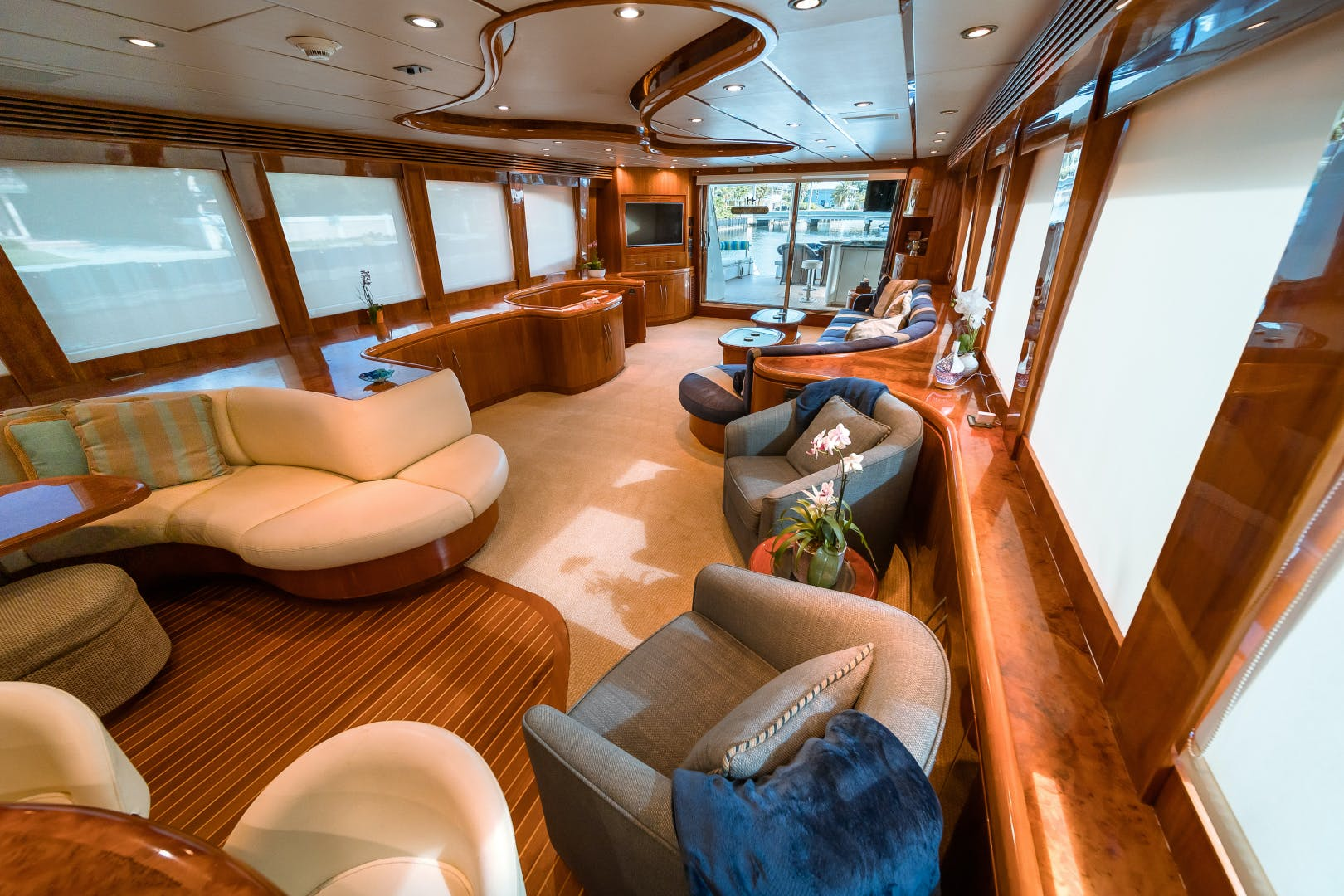 2006 Hargrave 97' 97 Motor Yacht The Program   Picture 1 of 26