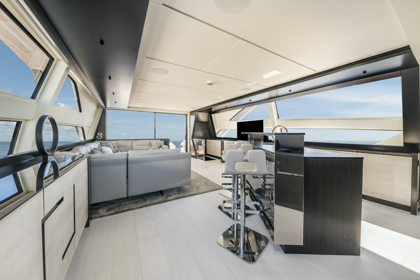2020 Pershing 92' 9X Q | Picture 5 of 27