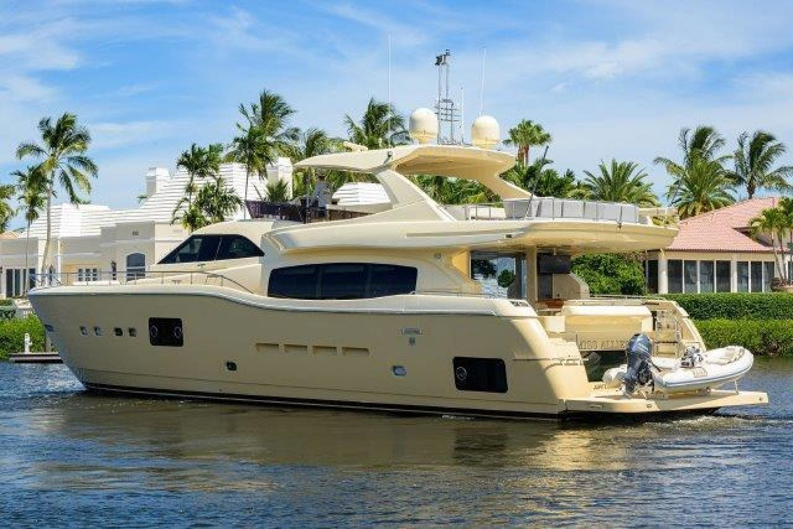 2010 Ferretti Yachts 84' Altura 840 MISS ALLIED | Picture 8 of 76