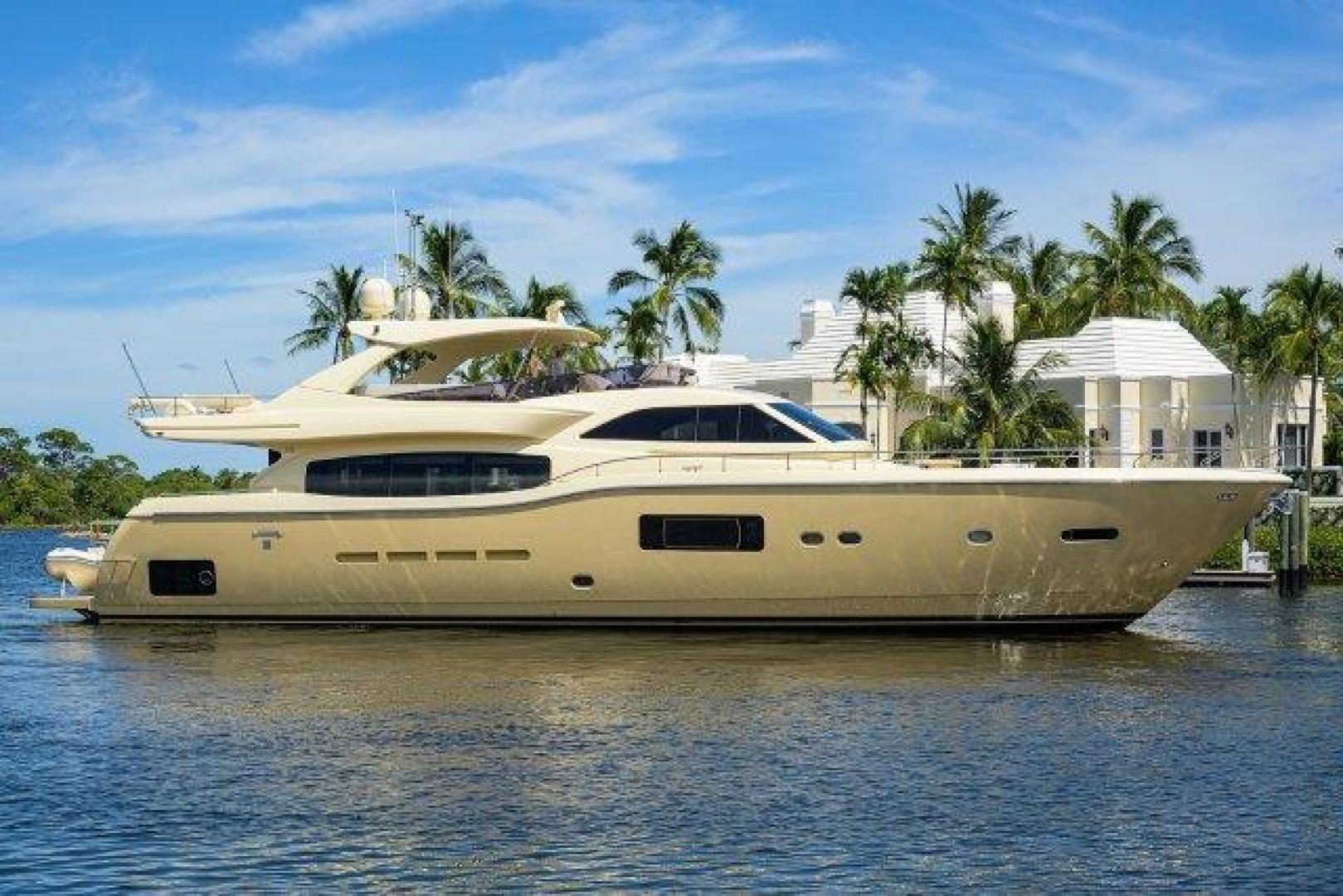 84' Ferretti Yachts 2010 Altura 840 MISS ALLIED