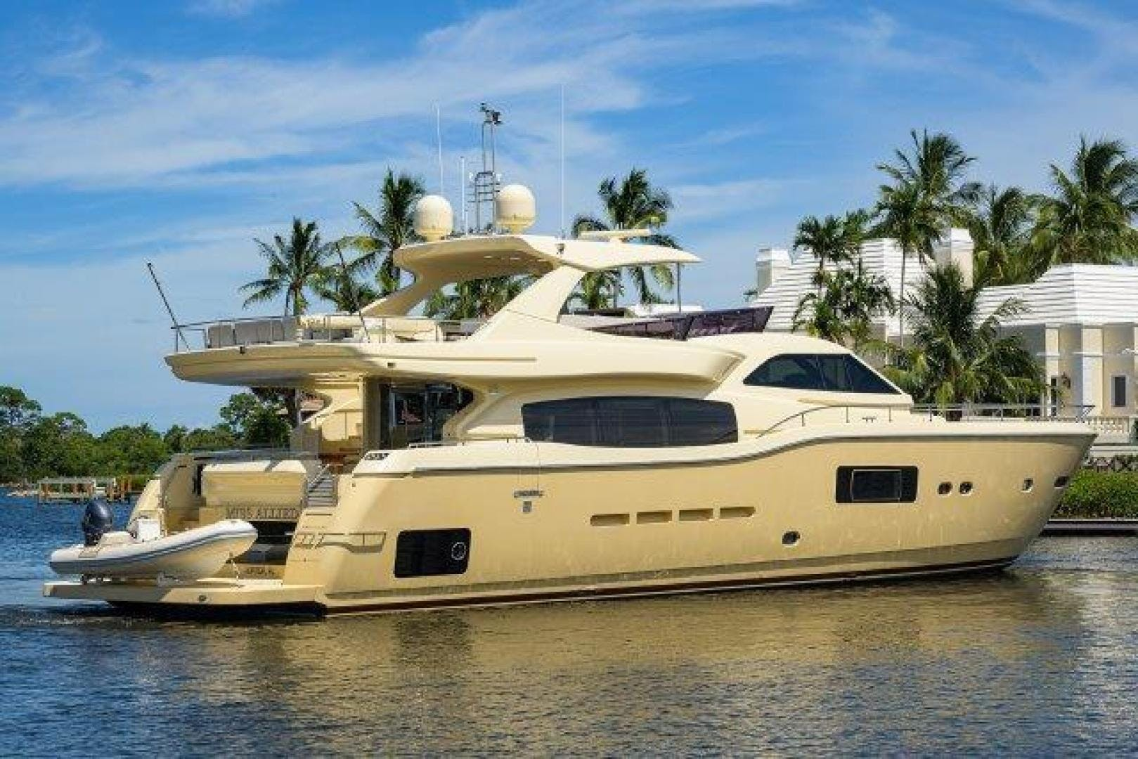 2010 Ferretti Yachts 84' Altura 840 MISS ALLIED | Picture 7 of 76