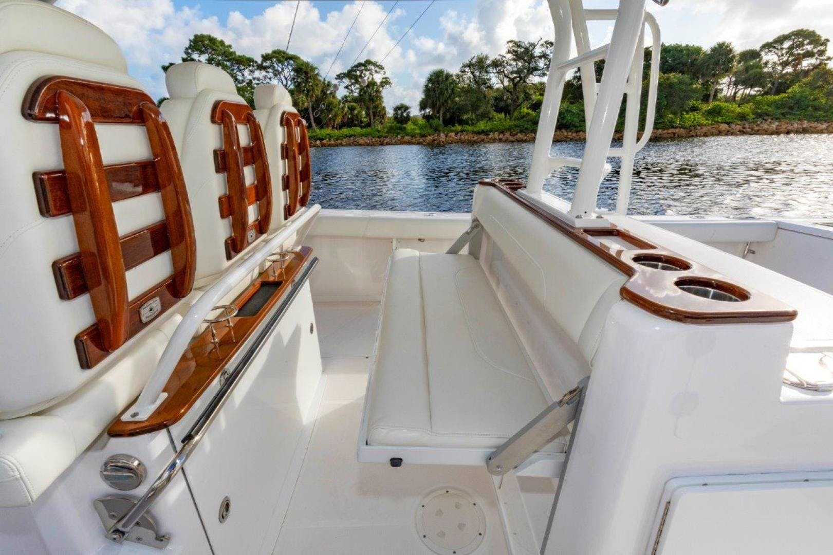 2019 Everglades 43' 435 Center Console Bahama Papa | Picture 1 of 40