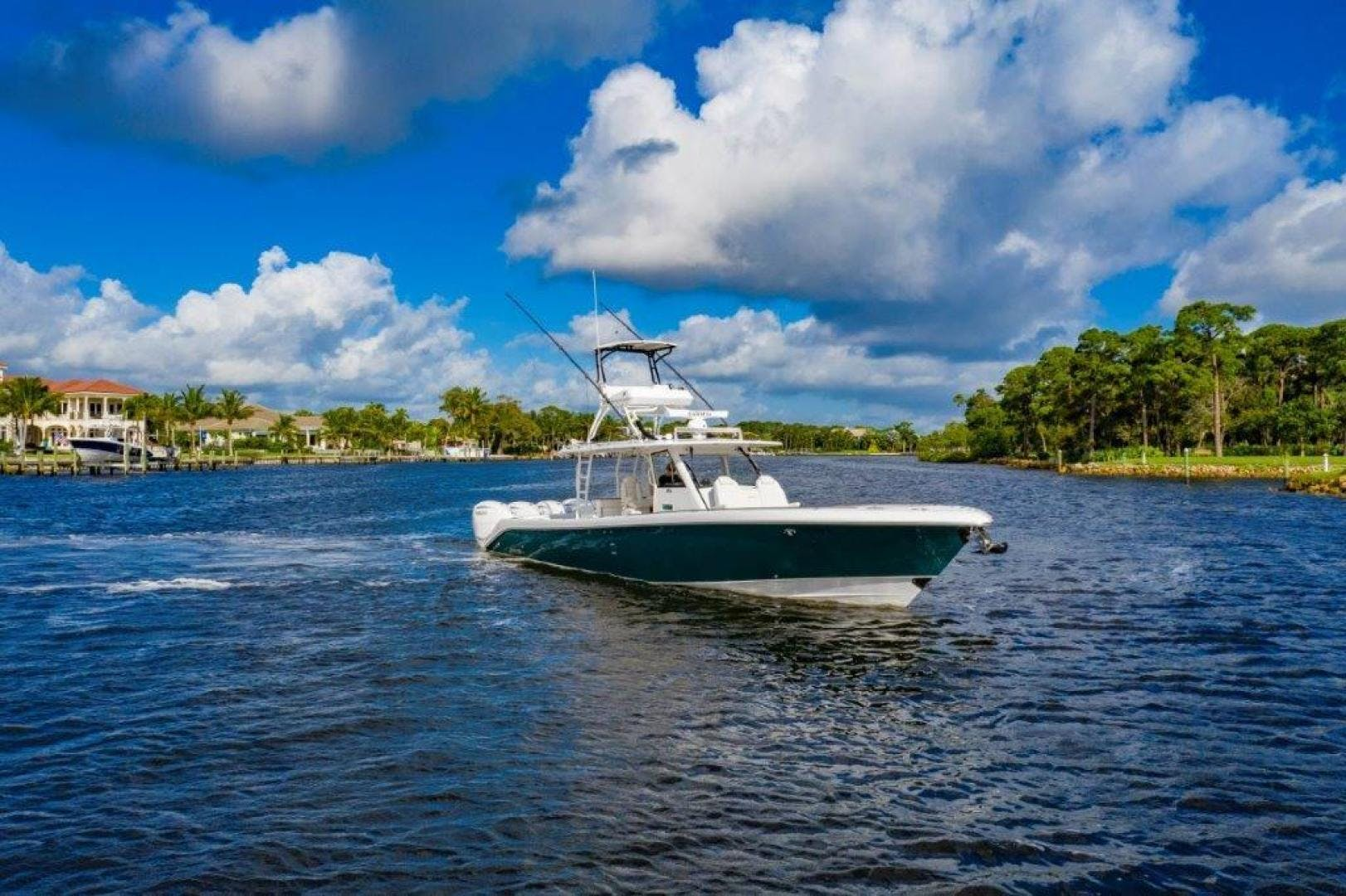 2019 Everglades 43' 435 Center Console Bahama Papa | Picture 5 of 40