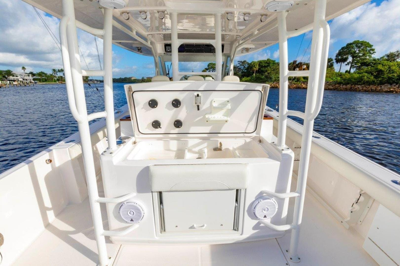 2019 Everglades 43' 435 Center Console Bahama Papa | Picture 8 of 40