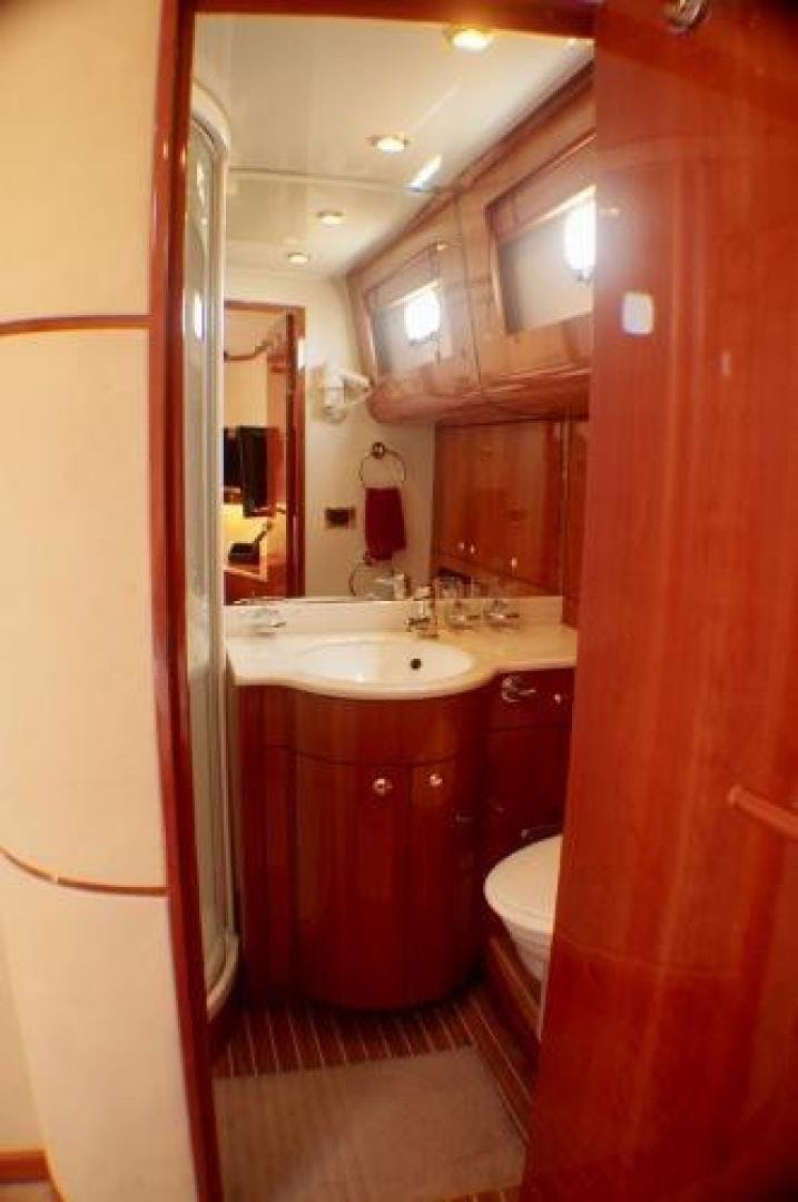 1998 Couach 68' 1900 COHIBA III | Picture 7 of 61