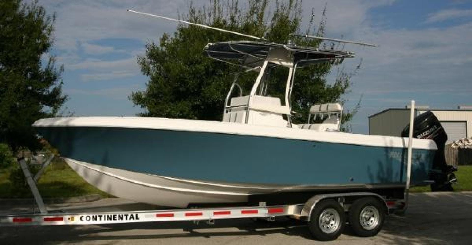 2021 Bluewater Sportfishing 22' 23t Bluewater Sportfishing 23t | Picture 4 of 7