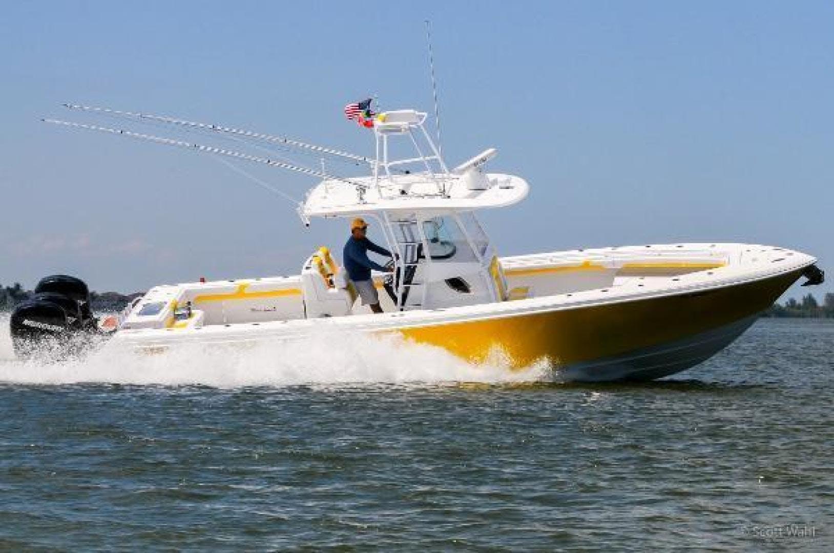 2020 Bluewater Sportfishing 35' 355e Bluewater Sportfishing 355e | Picture 3 of 9