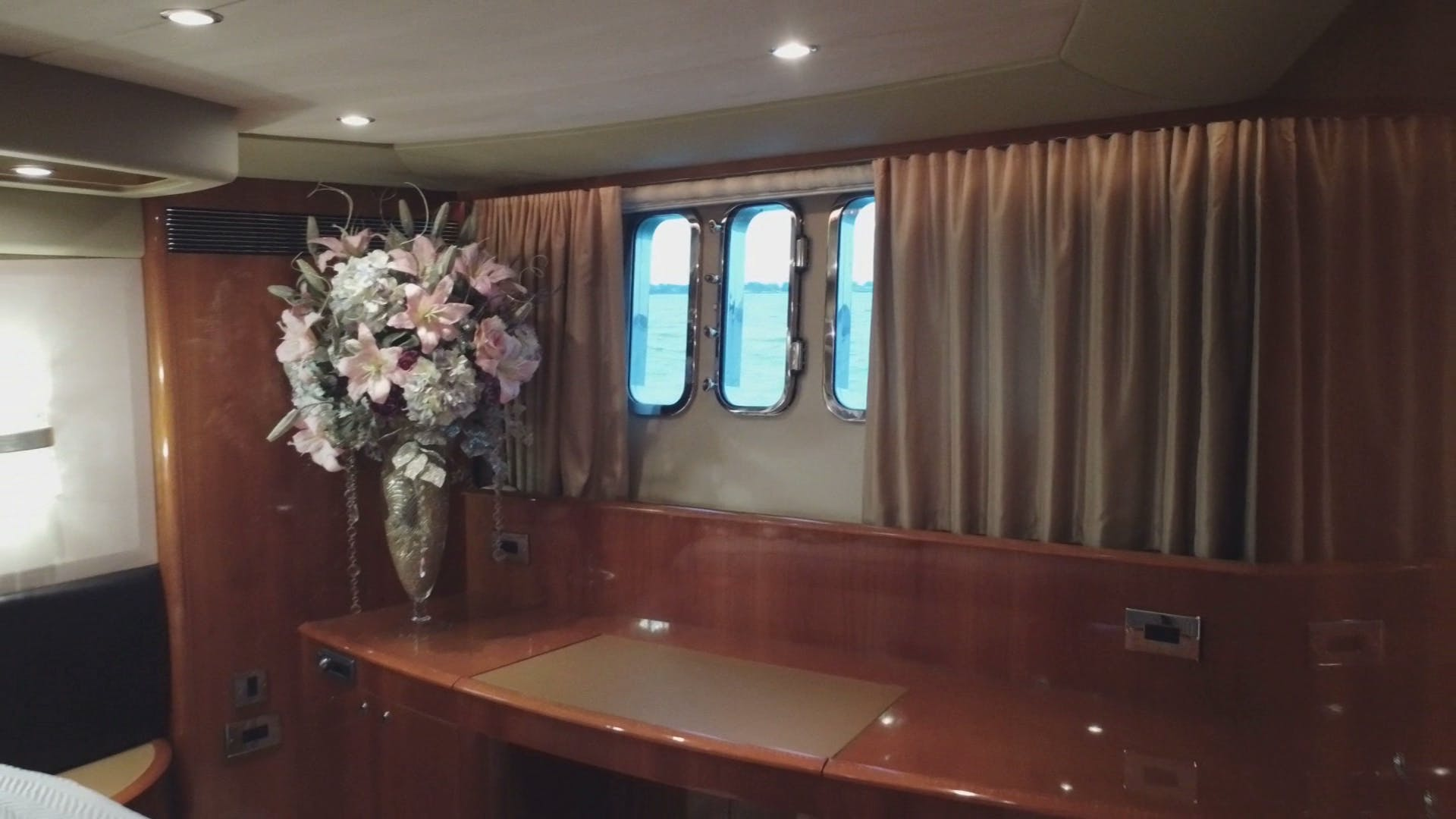 2007 Princess 67' Flybridge Motor Yacht Hall Force One | Picture 8 of 37