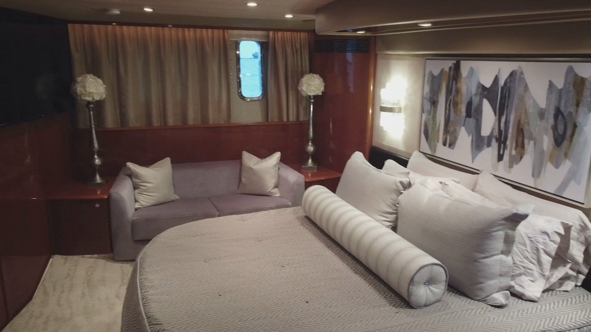 2007 Princess 67' Flybridge Motor Yacht Hall Force One | Picture 7 of 37