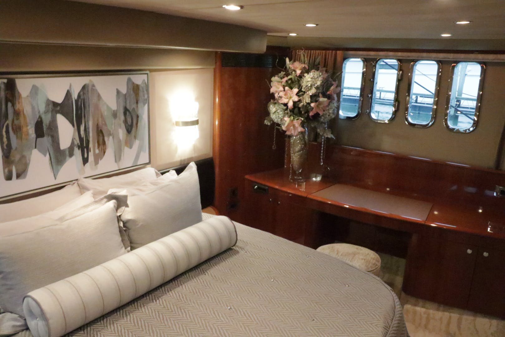 2007 Princess 67' Flybridge Motor Yacht Hall Force One | Picture 5 of 37