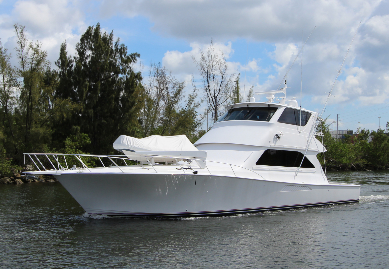 61' Viking 2004 Enclosed Bridge Sea Sea Rider