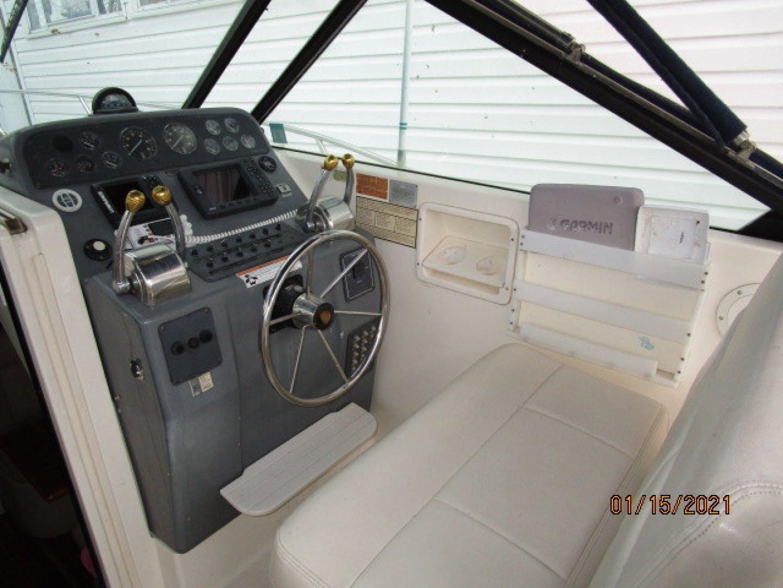 1997 Tiara Yachts 29' 2900 Spirit | Picture 7 of 19