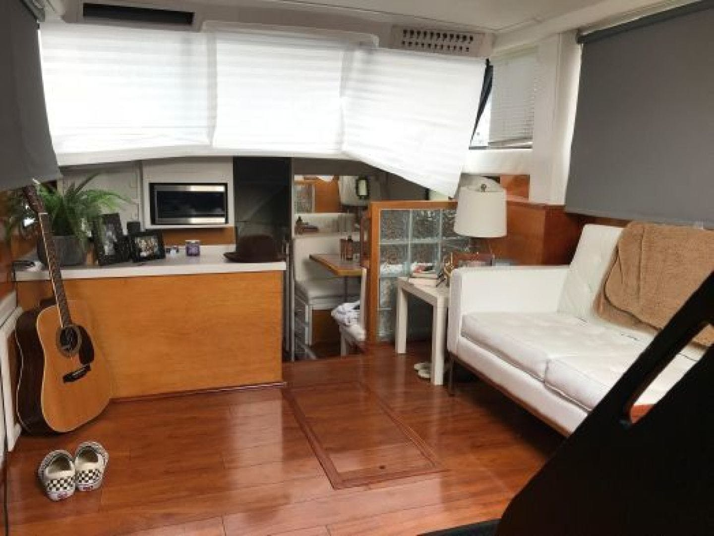 1985 Mainship 36' 36  | Picture 8 of 18