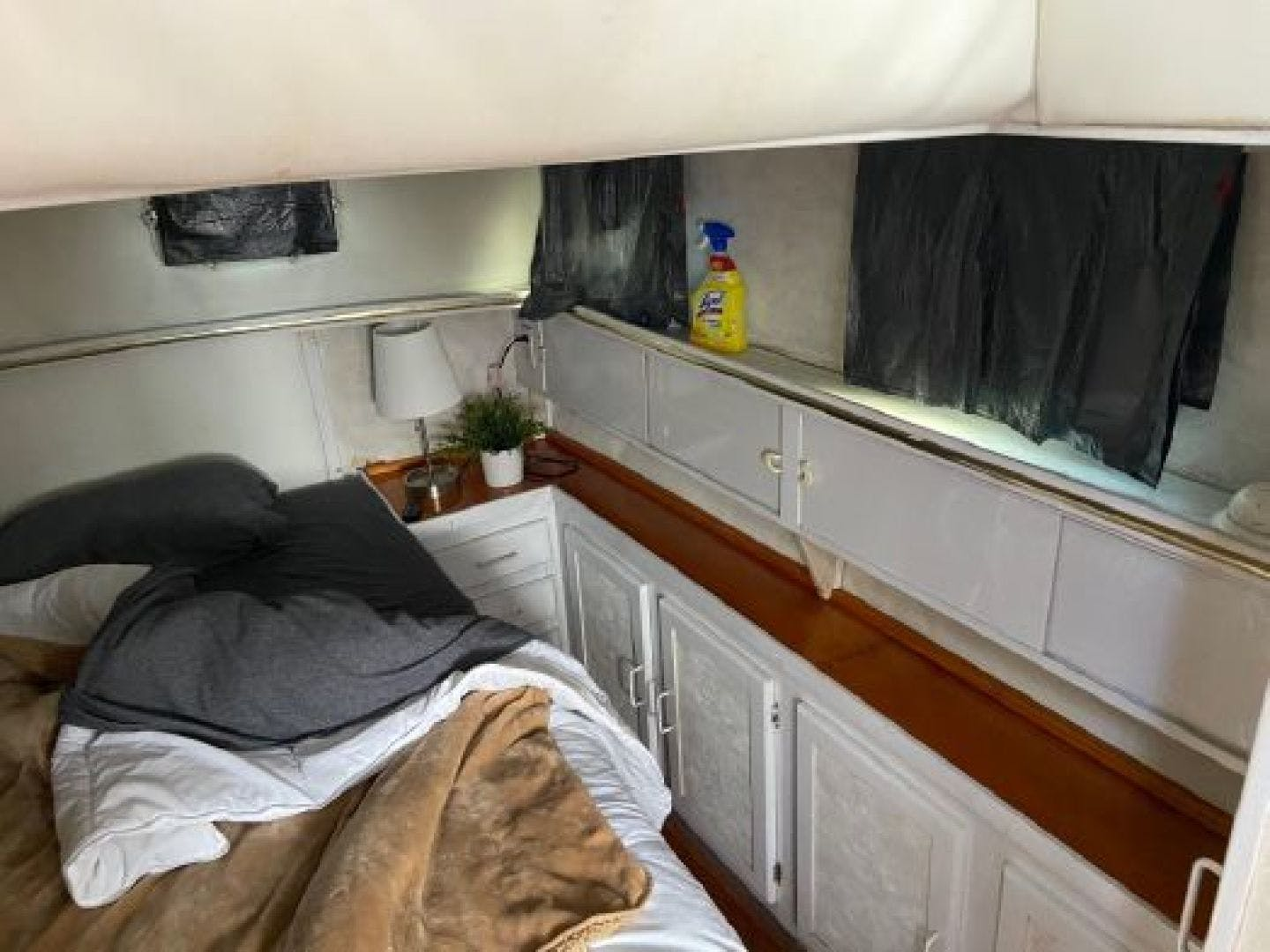 1985 Mainship 36' 36  | Picture 5 of 18