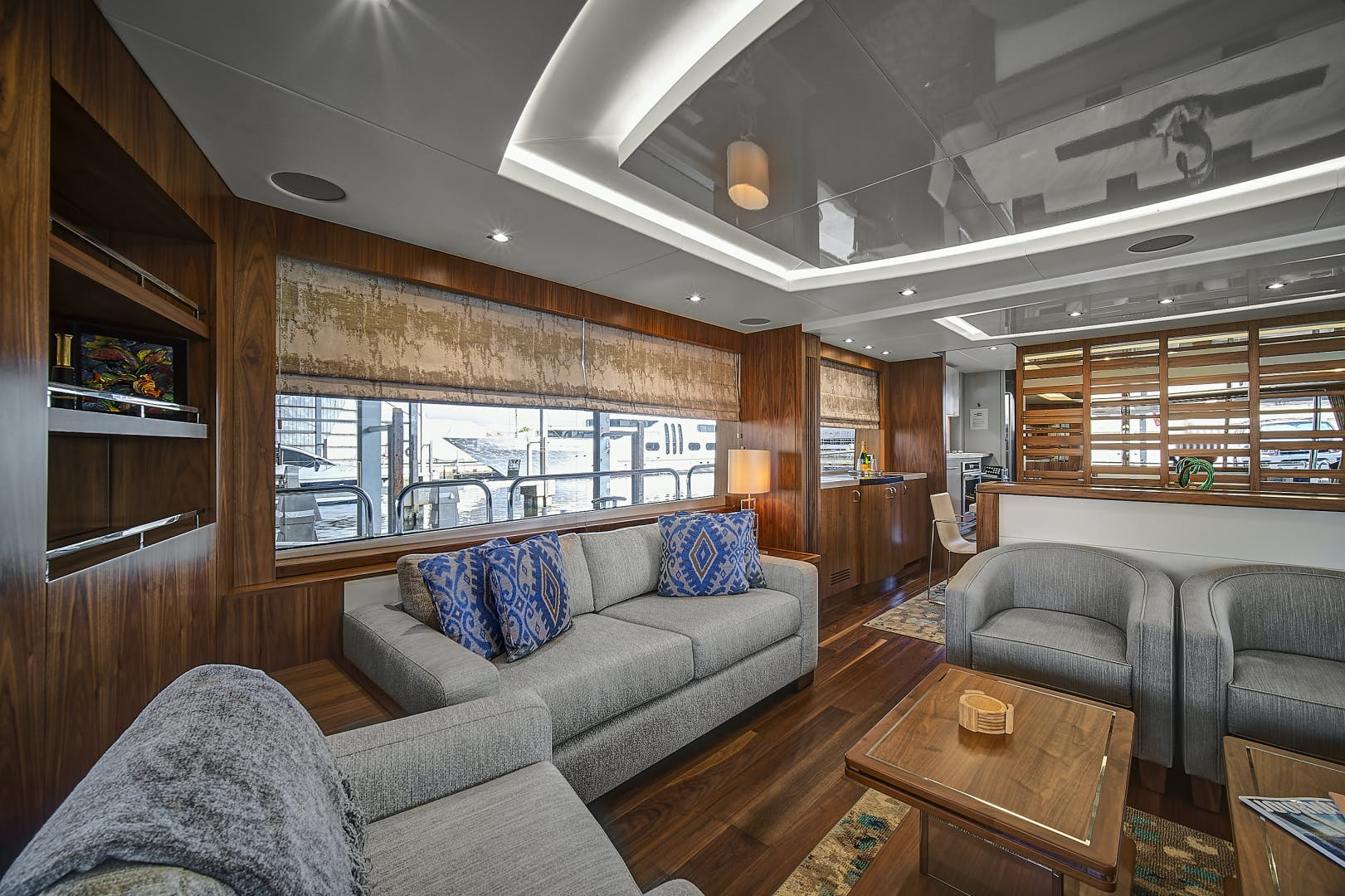 2019 Sunseeker 86' 86 Yacht It's Noon Somewhere   Picture 6 of 72