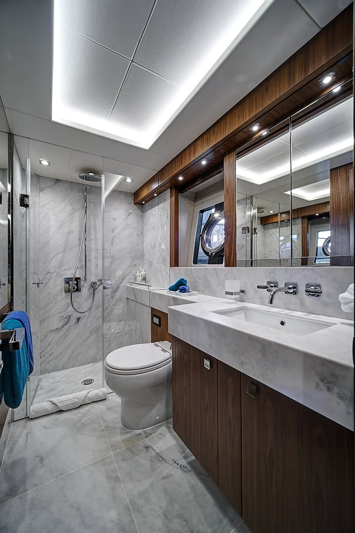 2019 Sunseeker 86' 86 Yacht It's Noon Somewhere   Picture 3 of 72