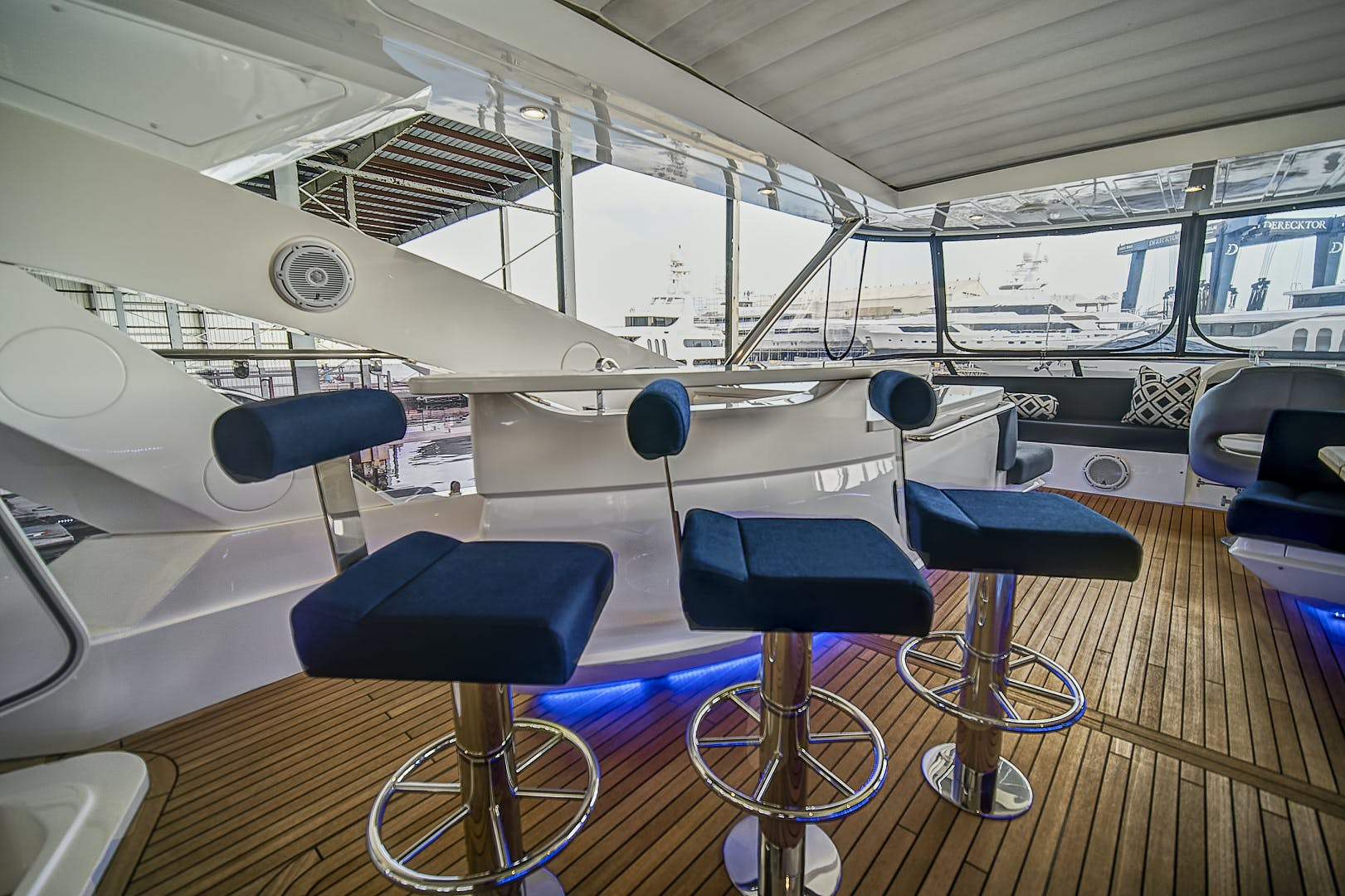 2019 Sunseeker 86' 86 Yacht It's Noon Somewhere   Picture 2 of 72