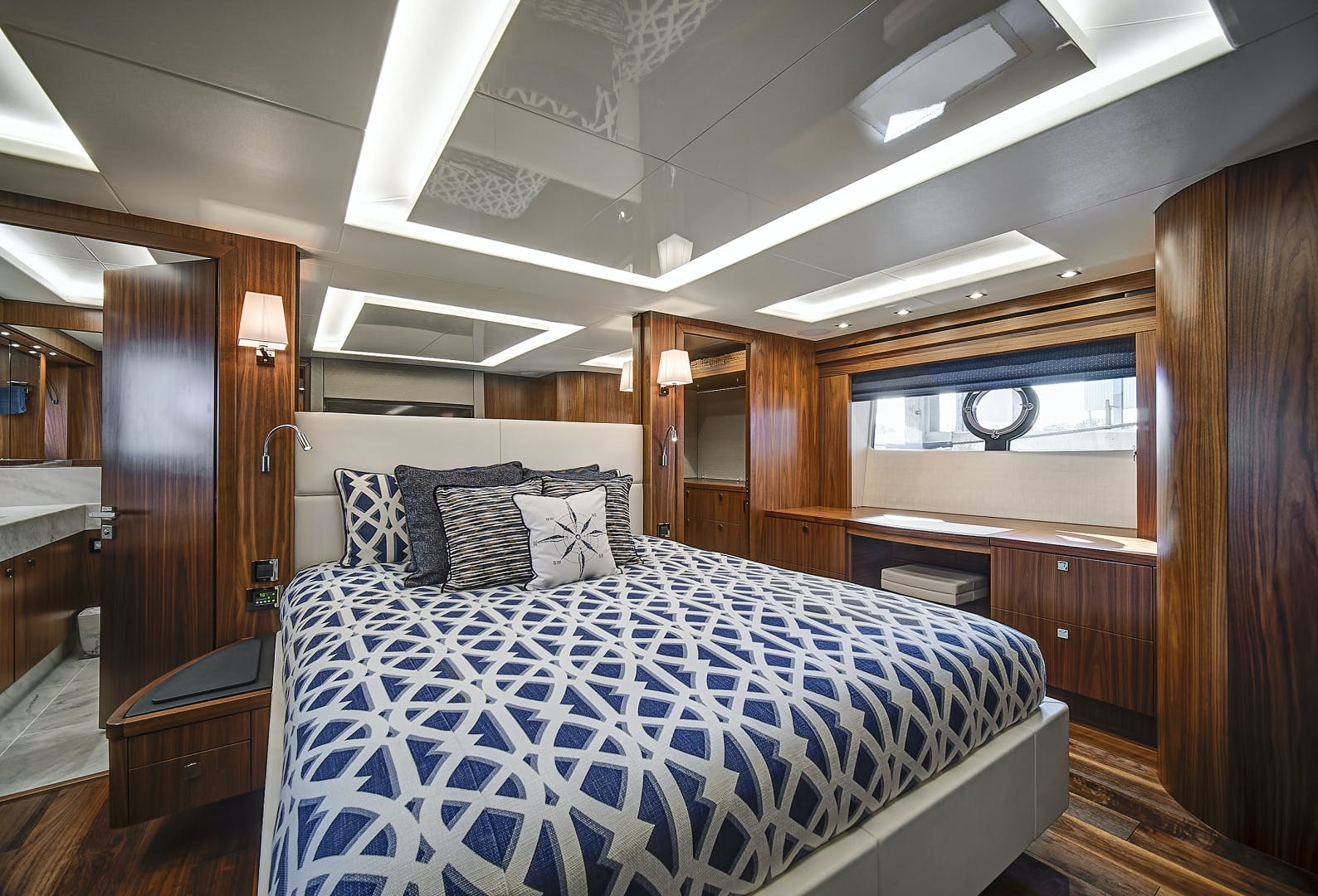2019 Sunseeker 86' 86 Yacht It's Noon Somewhere   Picture 1 of 72
