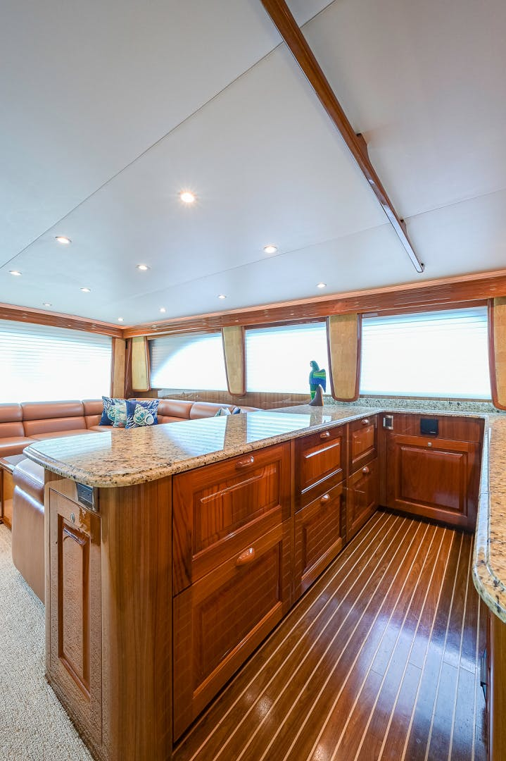 2007 Viking 64' Enclosed Bridge Scoped Out   Picture 8 of 72