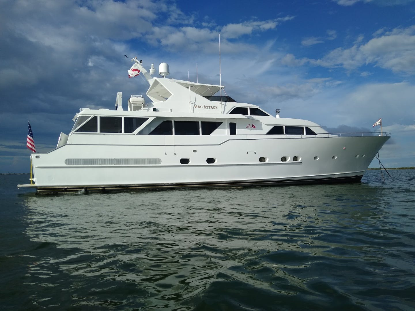 1990 Burger 83' Cockpit Motor yacht Mac Attack | Picture 7 of 40