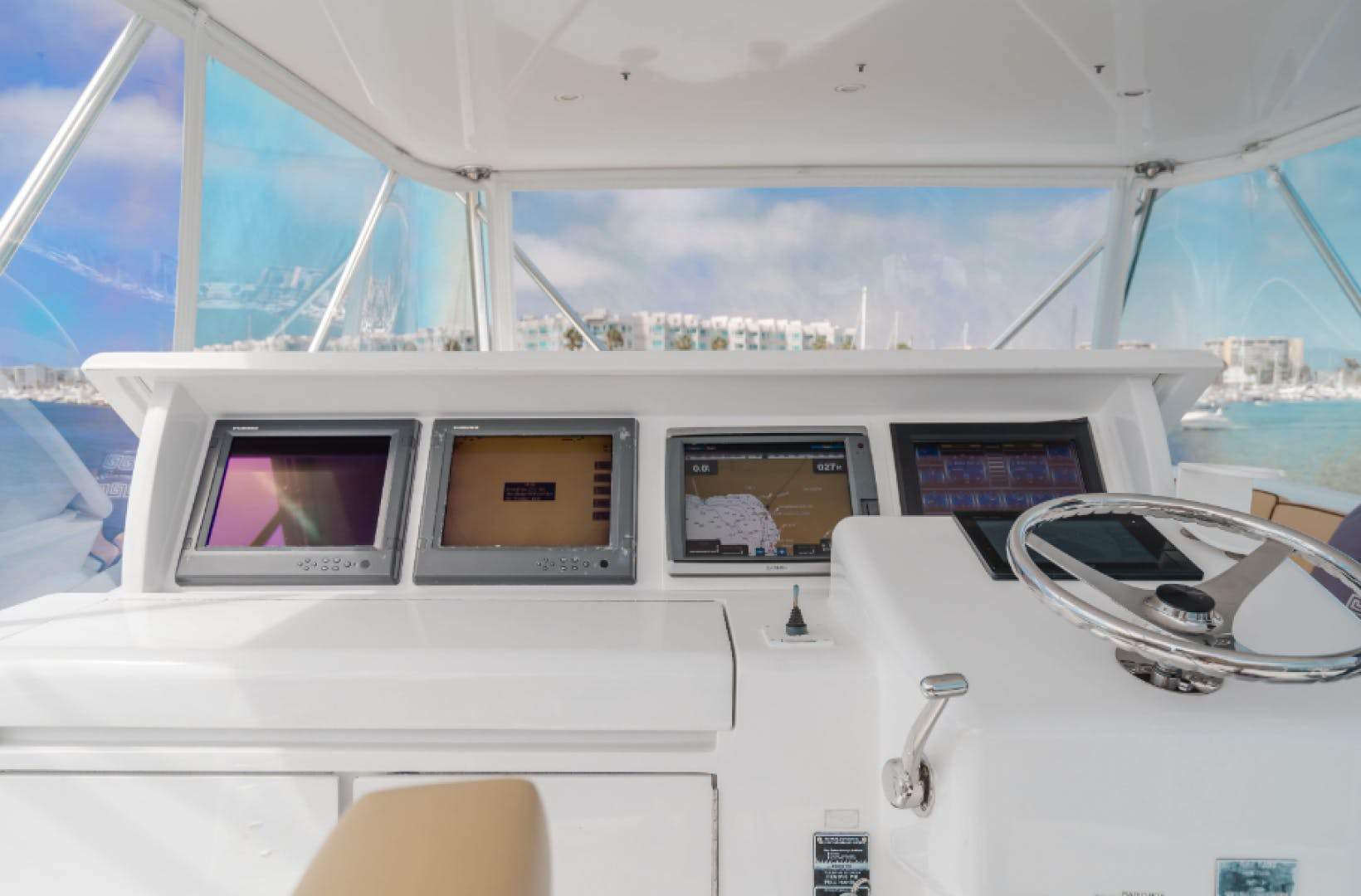 2006 Hatteras 64' Sport Fisher 7 P'S | Picture 1 of 30