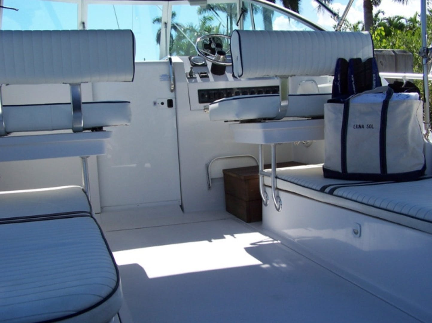 1998 Mainship 30' Pilot Luna Sol | Picture 4 of 26