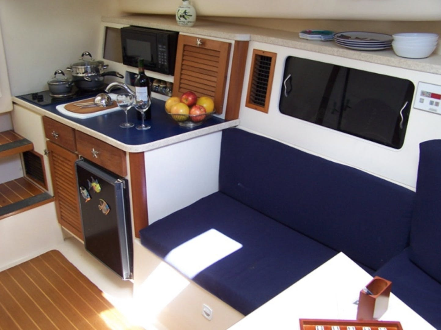 1998 Mainship 30' Pilot Luna Sol | Picture 8 of 26