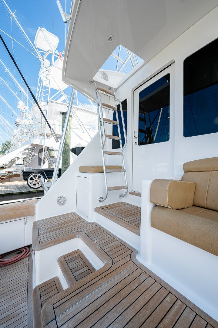 2006 Viking 68' Sportfisherman Let It Ride | Picture 4 of 87