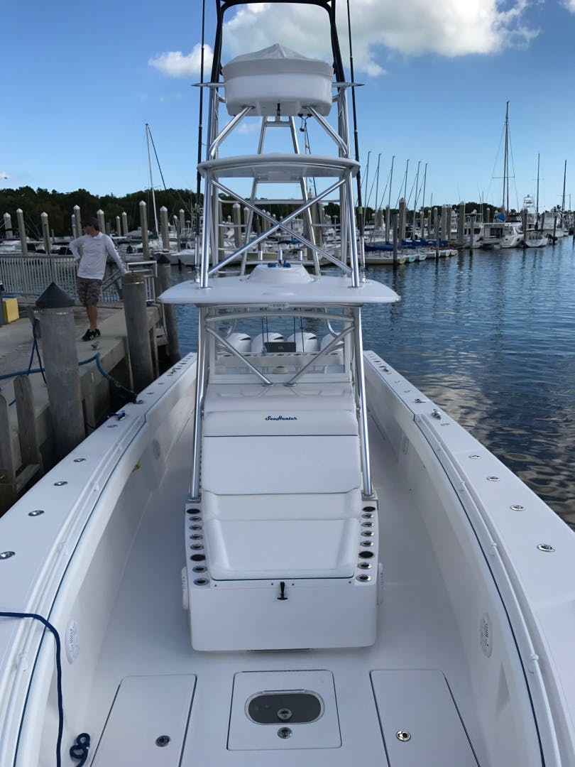 2014 SeaHunter 45'  HOOK'EM UP | Picture 3 of 18