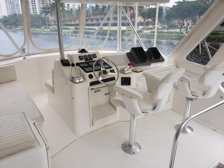 1998 Ocean Yachts 48' 48 Super Sport Hookman | Picture 3 of 24