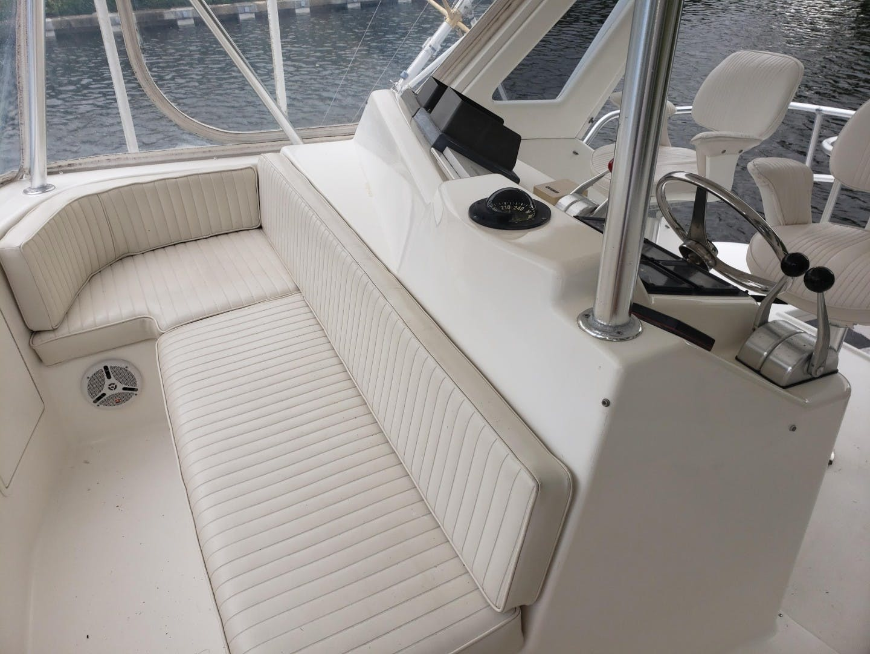 1998 Ocean Yachts 48' 48 Super Sport Hookman | Picture 4 of 24