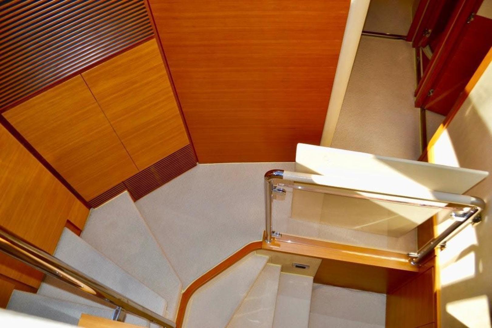 2014 Azimut 64' Flybridge Fair Niente | Picture 4 of 30